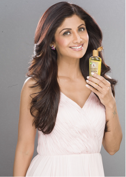 Shilpa Shetty endorses Emami's new launch - Navratna Almond Cool Oil