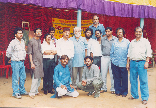 Mr. Roy with fellow artists during Kala Sangam at Dumka