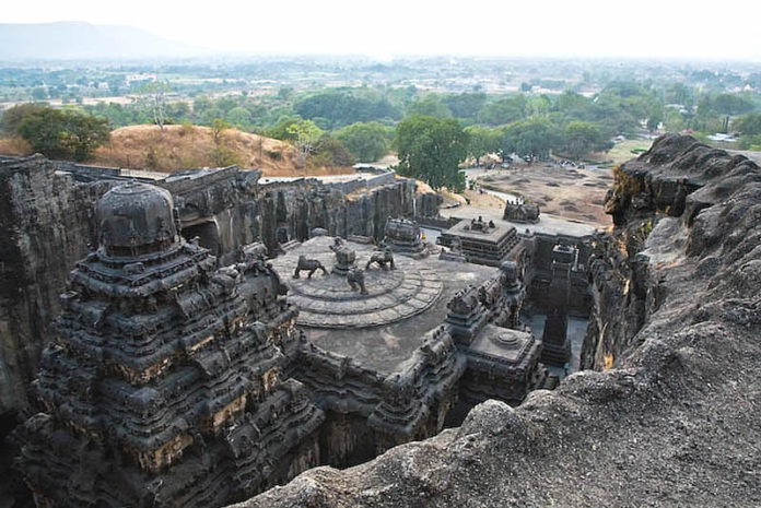 Ellora - The Master Art Caves