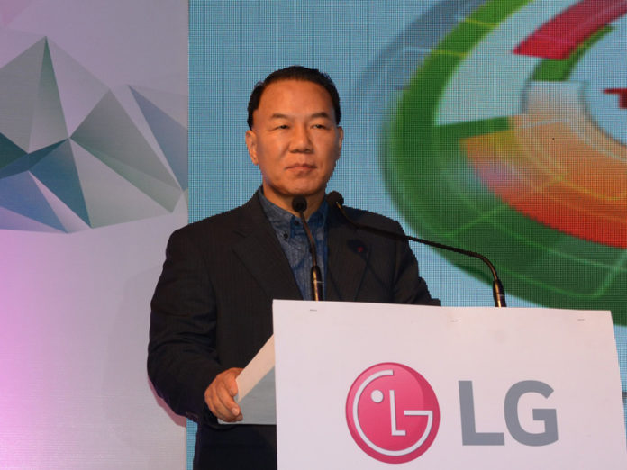 Ki Wan Kim, MD, LG India At LG Tech Show, Kolkata.