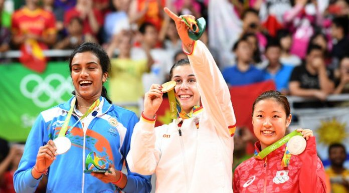 PV Sindhu Silver Medal in Badminton Rio Olympics 2016 - India
