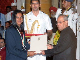 President Pranab Mukherjee - Sports Award to PV Sindhu