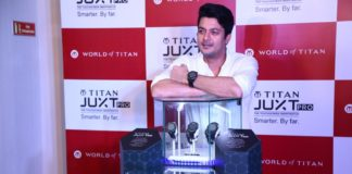 Jisshu Sengupta at launch of Titan's JUXT Pro in Kolkata.