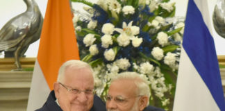 The Prime Minister, Shri Narendra Modi with the President of Israel, Mr. Reuven Rivlin, at the joint press briefing