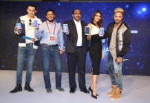Cyrus Sahukar, Noor Patel (Amazon.in), P Sanjeev (Honor India), Vani Kapoor, Raftaar ( L to R) launching the Honor 6X at the launch event in Delhi.