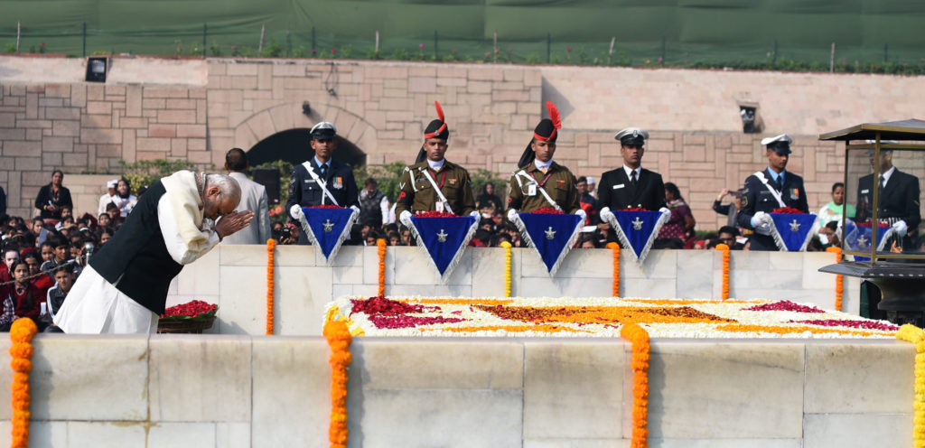 The Prime Minister, Shri Narendra Modi paying homage at the Samadhi of Mahatma Gandhi on the occasion of Martyr's Day, at Rajghat, in Delhi on January 30, 2017.