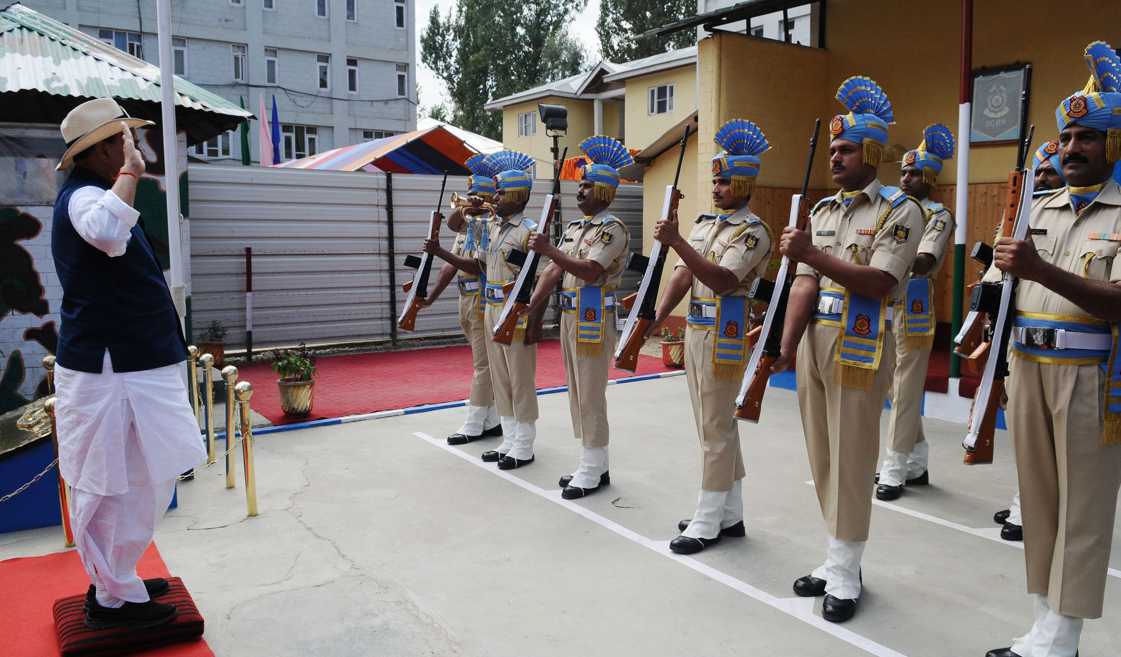 The Union Home Minister, Shri Rajnath Singh taking the salute of the Guard of Honour, during his visit to the CRPF Camp, in Anantnag district on September 10, 2017.