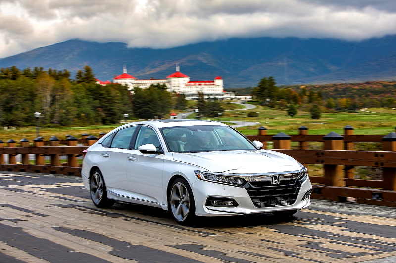 """The 2018 Honda Accord, the car that Car and Driver magazine recently called """"America's best sedan,"""" went on sale today in dealerships across the country. (PRNewsfoto/American Honda Motor Co., Inc.)"""