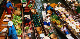 Floating Market - Feature