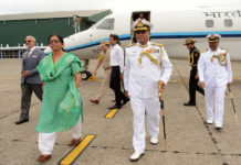 The Union Minister for Defence, Smt. Nirmala Sitharaman being received by the Commander-in- Chief Andaman & Nicobar, Command Vice Admiral, Bimal Verma, on her arrival, at Port Blair on October 18, 2017.