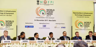 """The Union Minister for Road Transport & Highways, Shipping and Water Resources, River Development & Ganga Rejuvenation, Shri Nitin Gadkari at the World Food India 2017 Conference on the """"Opportunities in Infrastructure Technology & Equipment"""", in New Delhi on November 04, 2017."""