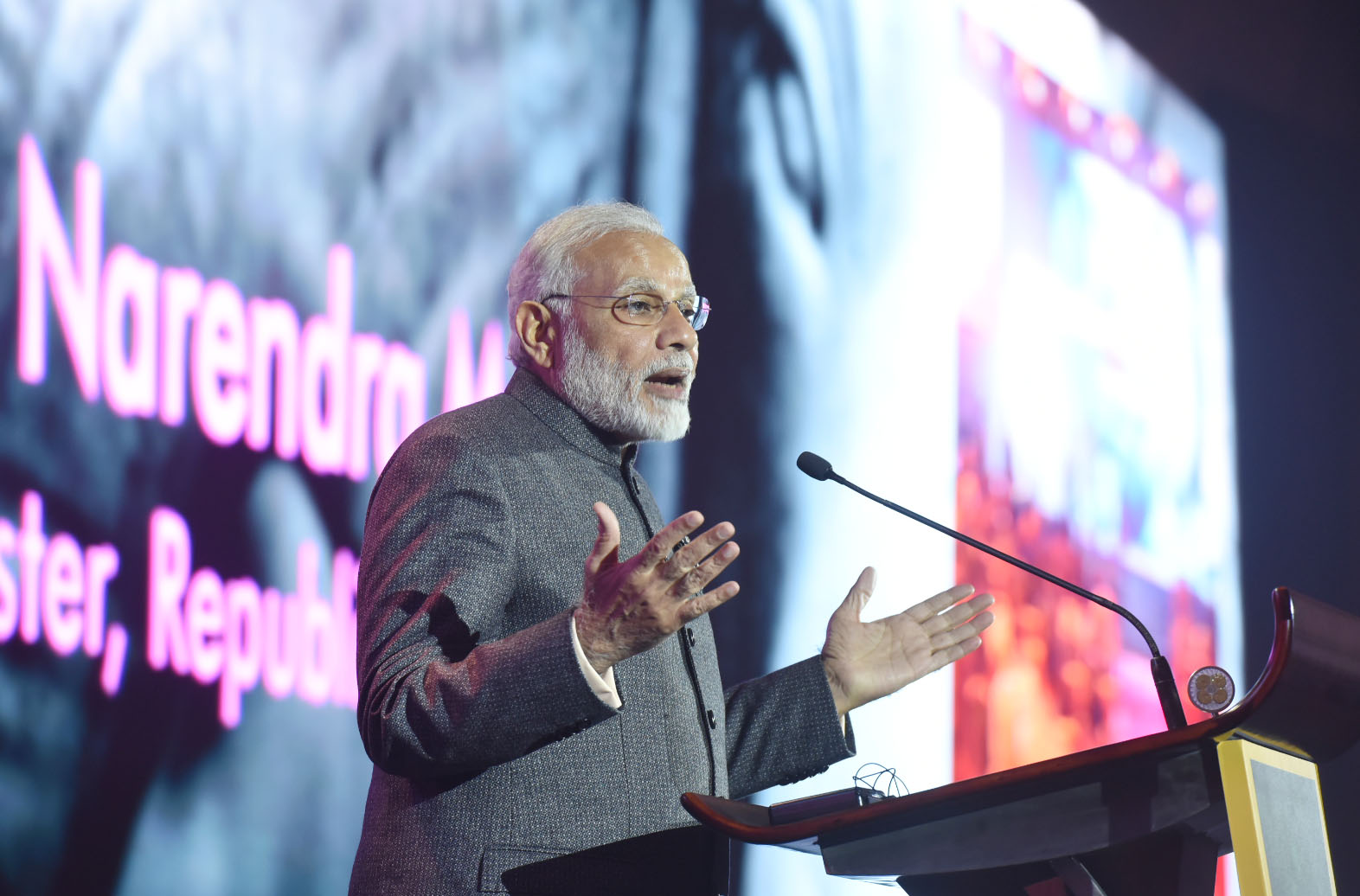 The Prime Minister, Shri Narendra Modi addressing at the ASEAN Business and Investment Summit (ABIS) 2017, in Manila, Philippines on November 13, 2017.