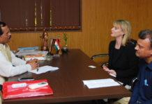 The International expert of Homeopathy from Homeopathy Research Institute and Faculty of Homeopathy, U.K., Ms. Rachel Roberts calling on the Minister of State for AYUSH (Independent Charge), Shri Shripad Yesso Naik, at Panaji, Goa on January 21, 2018.