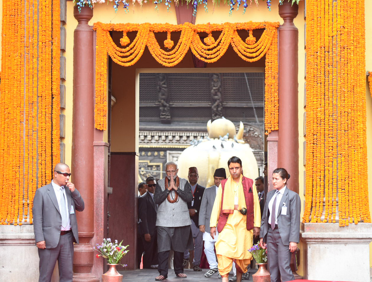 The Prime Minister, Shri Narendra Modi at Pashupatinath Temple, in Nepal on May 12, 2018.