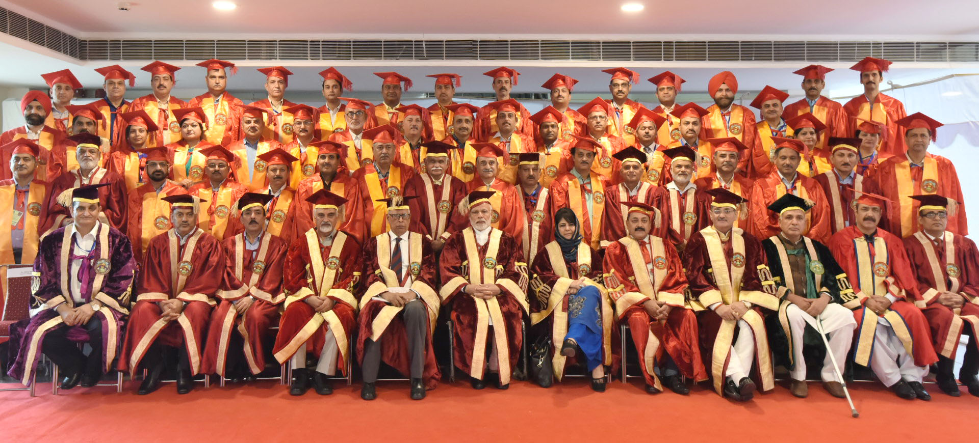 The Prime Minister, Shri Narendra Modi in a group photograph at the Convocation of the Sher-E-Kashmir University of Agricultural Sciences and Technology, in Jammu on May 19, 2018. The Governor of Jammu and Kashmir, Shri N.N. Vohra, the Minister of State for Development of North Eastern Region (I/C), Prime Minister's Office, Personnel, Public Grievances & Pensions, Atomic Energy and Space, Dr. Jitendra Singh, the Chief Minister of Jammu and Kashmir, Ms. Mehbooba Mufti and other dignitaries are also seen.