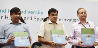 """The Union Minister for Road Transport & Highways, Shipping and Water Resources, River Development & Ganga Rejuvenation, Shri Nitin Gadkari releasing the publication, at the inauguration of the workshop on """"Ganga and its Biodiversity: Developing a Road Map for Habitat and Species Conservation"""", in New Delhi on May 22, 2018. The Secretary, Water Resources, River Development and Ganga Rejuvenation, Shri U.P. Singh is also seen."""