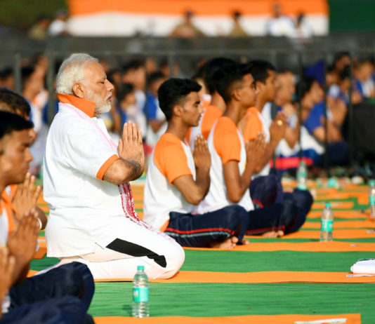 The Prime Minister, Shri Narendra Modi participates in the mass yoga demonstration, on the occasion of the 4th International Day of Yoga 2018, at the Forest Research Institute, in Dehradun, Uttarakhand on June 21, 2018.