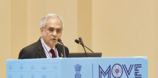 The Vice Chairman, NITI Aayog, Shri Rajiv Kumar addressing at the inauguration of the Global Mobility Summit, organised by NITI Aayog, in New Delhi on September 07, 2018.