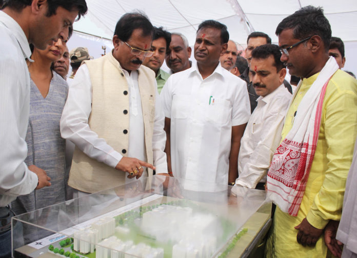 The Minister of State for AYUSH (Independent Charge), Shri Shripad Yesso Naik at the foundation stone laying ceremony of the National Institute of Homeopathy, at Narela, Delhi on October 16, 2018. The Member of Parliament, Shri Udit Raj is also seen.