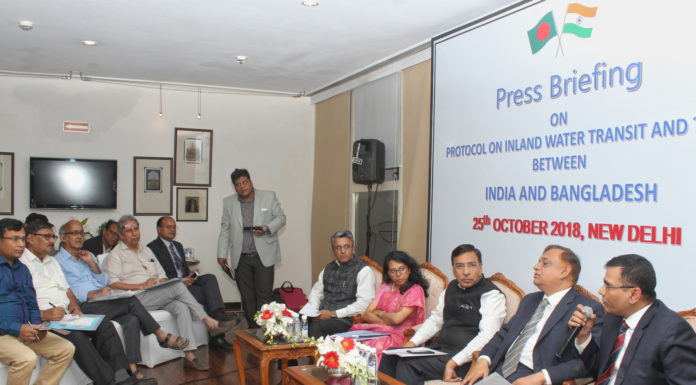 The Secretary, Ministry of Shipping, Shri Gopal Krishna and the Secretary, Ministry of Shipping, Bangladesh, Md. Abdus Samad at a press conference on Protocol on Inland Water Transit and Trade between India and Bangladesh, in New Delhi on October 25, 2018.