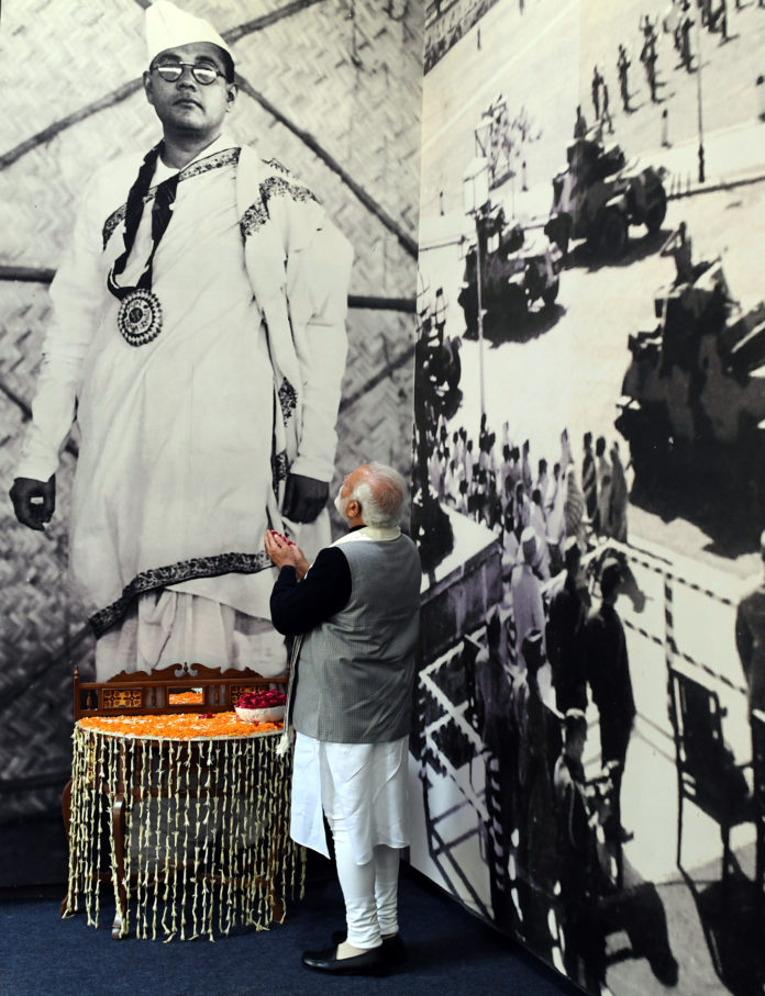 The Prime Minister, Shri Narendra Modi paying floral tributes to Netaji Subhas Chandra Bose, on his birth anniversary, at the inauguration of the Netaji Subhas Chandra Bose museum, at Red Fort, Delhi on January 23, 2019.