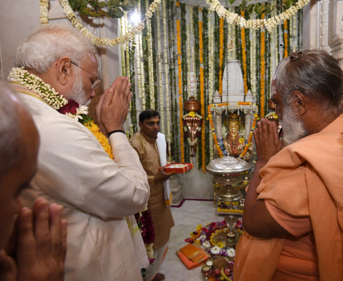 The Prime Minister, Shri Narendra Modi visiting the Dholeshwar Mahadev Temple, in Ahmedabad, Gujarat on March 04, 2019.