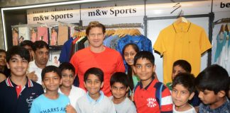 Shane Watson during the launch of SG Apparel Spring Summer 2019 Collection & 18th Outlet of M&W at City Centre 2 Mall, Kolkata_2