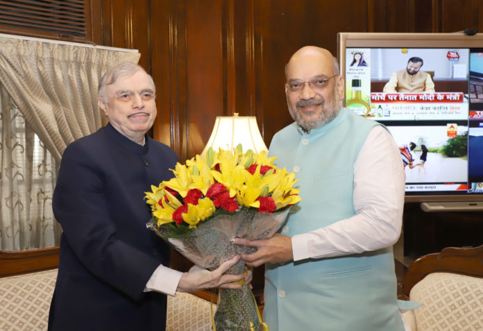 The Governor of Kerala, Justice (Retd.) P. Sathasivam calling on the Union Home Minister, Shri Amit Shah, in New Delhi on May 31, 2019.