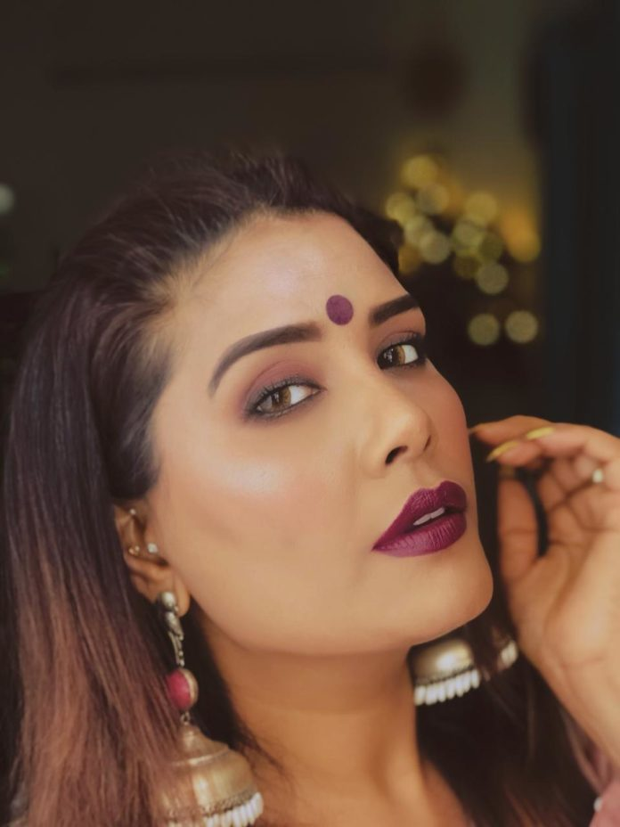 Pooja Raina, top fashion blogger gets candid about living her best life with blogging and motherhood