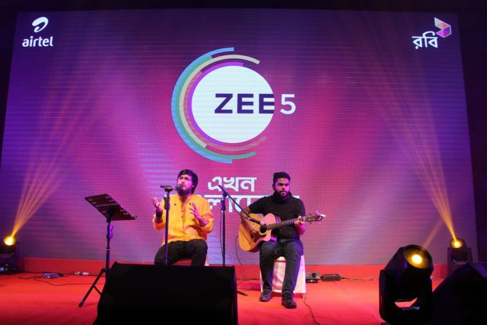 Singer Moinul Hasan Nobel performing at the ZEE5 and Robi Axiata's press-con in Bangladesh