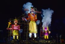 60-feet-tall Ravana effigy burnt on Dussehra by Salt Lake Sanskritik Sansad & Sanmarg in Central Park(Salt LAKE), Kolkata_4