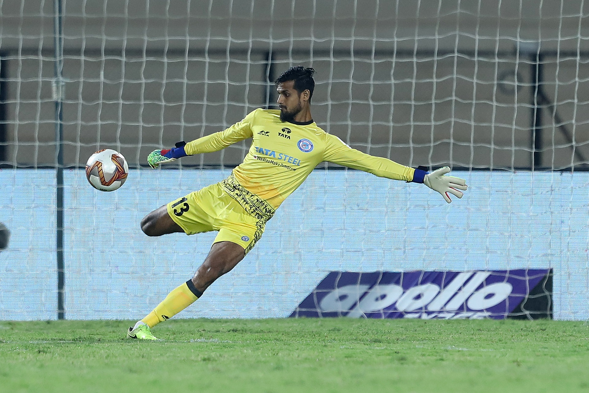 Goalkeeper Md. Rafique Ali Sardar made his second consecutive Hero ISL start for Jamshedpur FC as veteran Subrata Paul was named on the bench against Hyderabad FC.