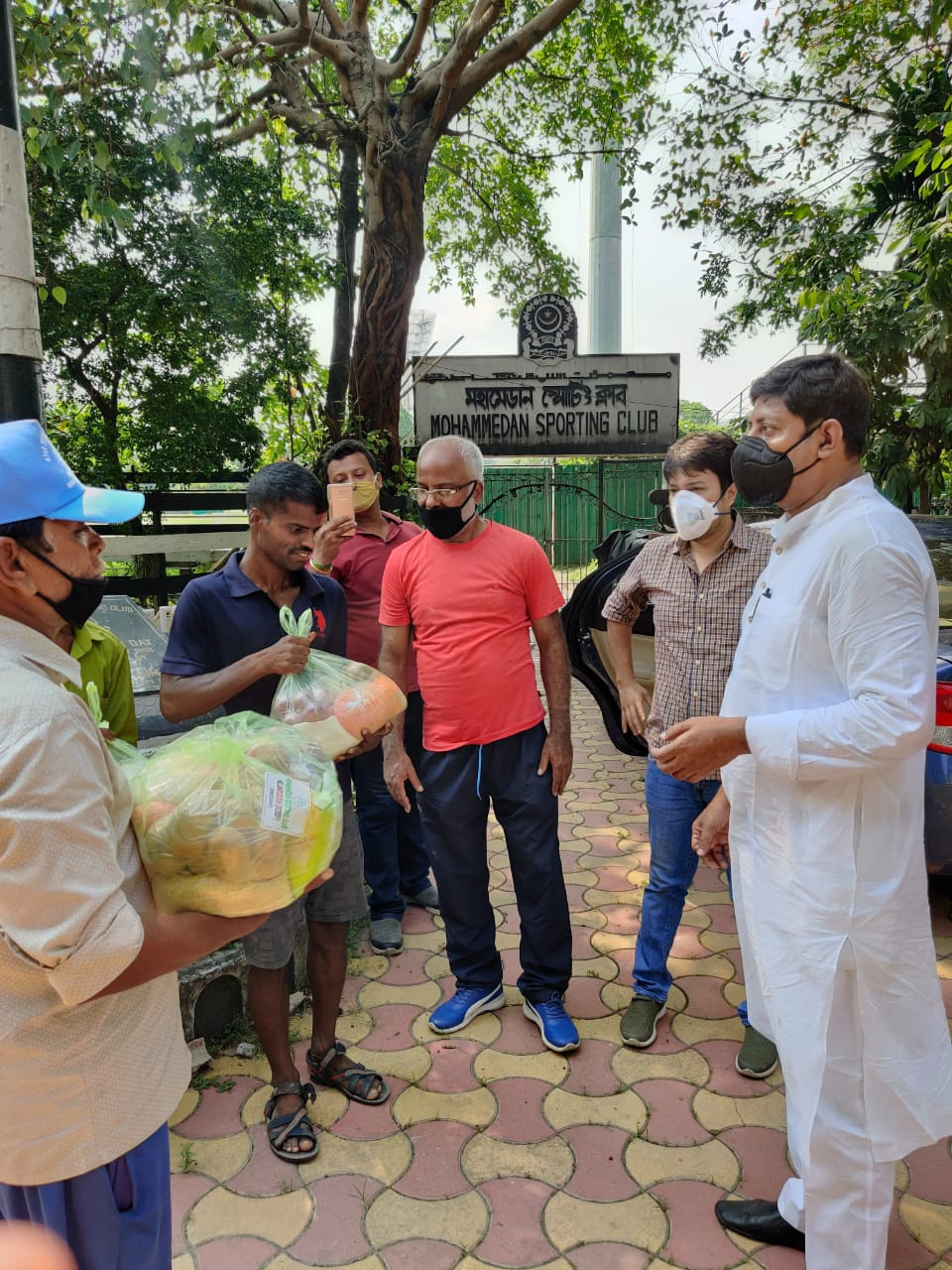 Mohammedan Sporting Club comes forward to help the groundsmen of Kolkata maidan