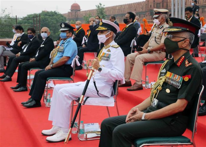 The Chief of the Army Staff, General Manoj Mukund Naravane, the Chief of Naval Staff, Admiral Karambir Singh, the Chief of the Air Staff, Air Chief Marshal R.K.S. Bhadauria and other dignitaries during the 74th Independence Day Celebrations, at the Red Fort, in Delhi on August 15, 2020.