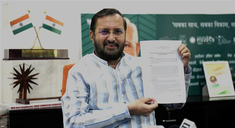 The Union Minister for Environment, Forest & Climate Change, Information & Broadcasting and Heavy Industries and Public Enterprise, Shri Prakash Javadekar releasing the SOP on preventive measures for media production to contain spread COVID-19, in New Delhi on August 23, 2020.