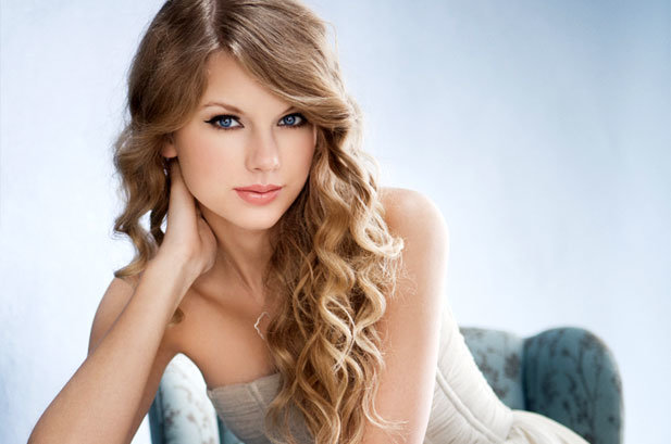 """Happy Birthday to Taylor Swift – She never goes out of """"Style"""""""