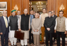 The Union Minister for Finance and Corporate Affairs, Shri Arun Jaitley, the Minister of State for Finance and Corporate Affairs, Shri Arjun Ram Meghwal, the Minister of State for Finance, Shri Santosh Kumar Gangwar along with the senior officials presented the General Budget to the President, Shri Pranab Mukherjee, at Rashtrapati Bhavan, in New Delhi on February 01, 2017.