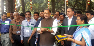 The Union Minister for Agriculture and Farmers Welfare, Shri Radha Mohan Singh inaugurating the Indian Seed Congress – 2017, in Kolkata on February 13, 2017.