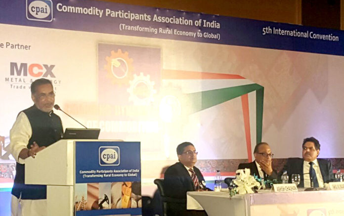 """The Union Minister for Agriculture and Farmers Welfare, Shri Radha Mohan Singh addressing at the inauguration of the 5th International Convention on """"Changing Dynamics of Commodities Market"""", in New Delhi on March 18, 2017."""