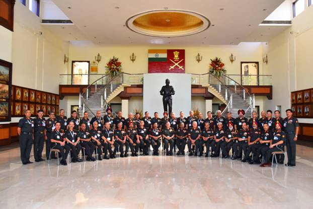 Army Chief with Other Officiers of Indian Army