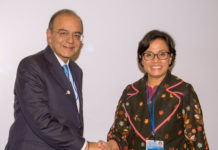 The Union Minister for Finance, Corporate Affairs and Defence, Shri Arun Jaitley meeting the Finance Minister of Indonesia, Sri Mulyani Indrawati, in Washington D.C. on April 21, 2017.
