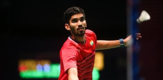 Union Sports Minister Vijay Goel congratulates Shrikanth Kidambi on winning the Australian Open Badminton Super Series