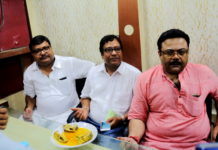 Manoj Tripathi and Friends at Dalhousie Athletic Club - Ilish Utsav 6