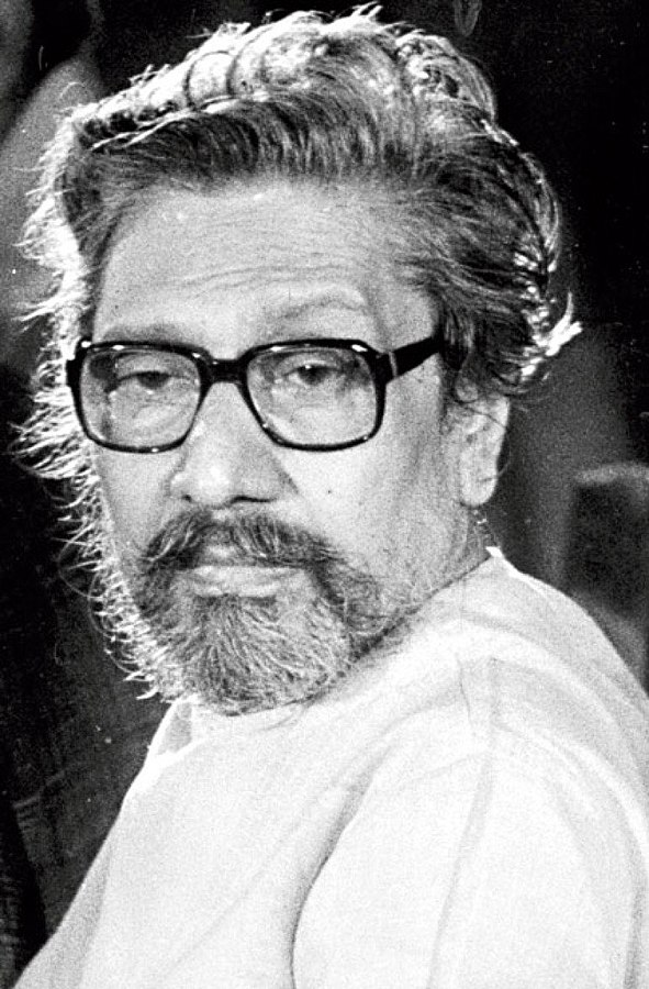Mamata Banerjee paid tribute to Legend Sombhu Mitra an icon of Indian stage and theater world on his birth anniversary