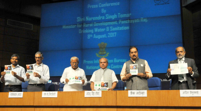 The Union Minister for Rural Development, Panchayati Raj, Drinking Water & Sanitation and Urban Development, Shri Narendra Singh Tomar launching the Swachh Sarvekshan (Gramin)- 2017, in New Delhi on August 08, 2017. The Minister of State for Drinking Water & Sanitation, Shri Ramesh Chandappa Jigajinagi, the Secretary, Ministry of Drinking Water and Sanitation, Shri Parameswaran Iyer, the Principal Director General (M&C), Press Information Bureau, Shri A.P. Frank Noronha and other dignitaries are also seen.