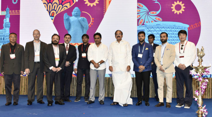The Vice President, Shri M. Venkaiah Naidu at an event to inaugurate the Entrepreneurs' Organisation Global University Conference 2017, in Hyderabad on October 25, 2017. The Minister for IT, Municipal Administration & Urban Development, Industries & Commerce, Public Enterprises, Sugar, Mines & Geology, NRI Affairs, Telangana, Shri K.T. Rama Rao is also seen.