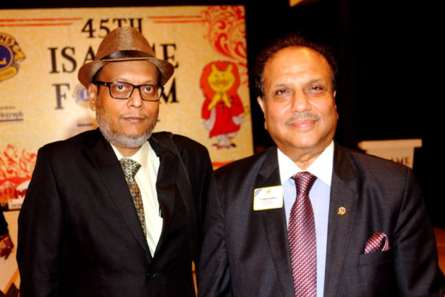 Suman Munshi with Dr. Naresh Aggarwal International President of Lions Club at ISAAME FORUM 2017 - KOLKATA 7