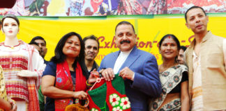 "The Minister of State for Development of North Eastern Region (I/C), Prime Minister's Office, Personnel, Public Grievances & Pensions, Atomic Energy and Space, Dr. Jitendra Singh visiting the various stalls after inaugurating the two-week ""Northeast handicraft-cum-handloom Exhibition cum Sale"", in New Delhi on December 03, 2017."