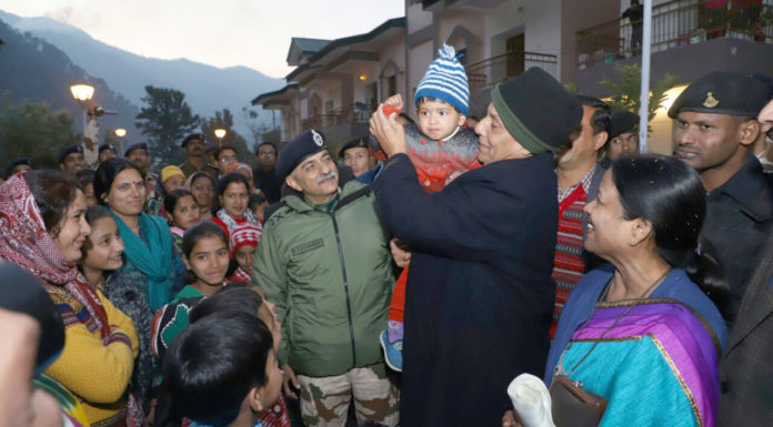 The Union Home Minister, Shri Rajnath Singh meeting the families of ITBP personnel, during his visit to the 12th Battalion of Indo-Tibetan Border Police (ITBP), at Matli, Uttarkashi, in Uttarakhand on December 31, 2017. The Director General, ITBP, Shri R.K. Pachnanda is also seen.