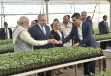 The Prime Minister, Shri Narendra Modi and the Prime Minister of Israel, Mr. Benjamin Netanyahu, at the Centre of Excellence for Vegetables, at Vadrad, in Gujarat on January 17, 2018.